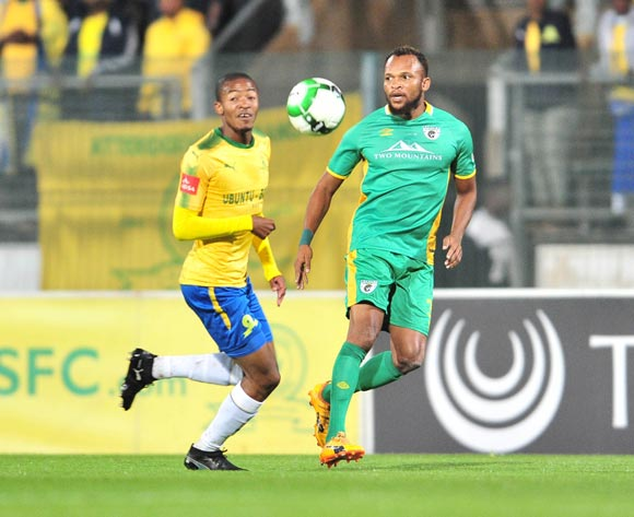 Punch Masenamela of Baroka FC challenged by Thapelo Morena of Mamelodi Sundowns during the Absa Premiership 2017/18 football match between Mamelodi Sundowns and Baroka FC at Lucas Moripe Stadium, Pretoria on 05 December 2017 ©Samuel Shivambu/BackpagePix