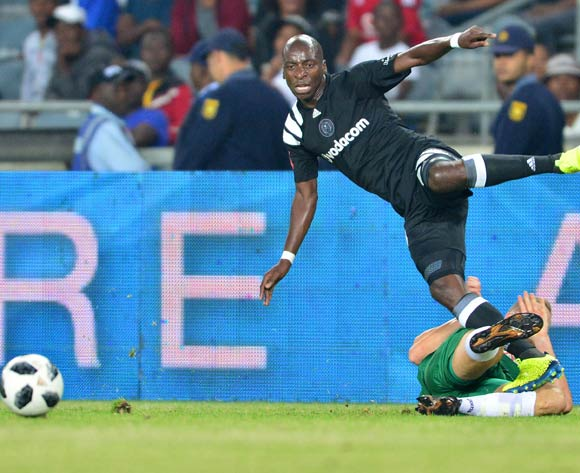 Musa Nyatama of Orlando Pirates tackled by Michael Morton of AmaZulu during the Absa Premiership 2017/18 football match between Orlando Pirates and AmaZulu at Orlando Stadium, Johannesburg on 09 December 2017 ©Samuel Shivambu/BackpagePix