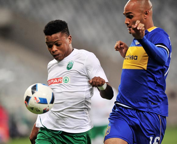 Mhlengi Cele of AmaZulu controls ahead of Robyn Johannes of Cape Town City during the Absa Premiership 2017/18 game between Cape Town City and AmaZulu at Cape Town Stadium on 15 December 2017 © Ryan Wilkisky/BackpagePix