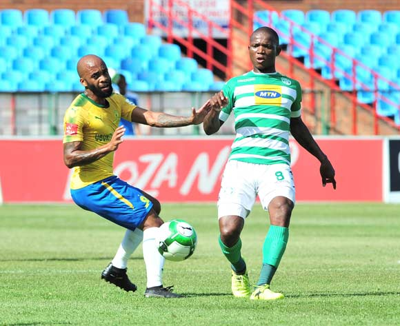 Lantshene Phalane of Bloemfontein Celtic challenged by Oupa Manyisa of Mamelodi Sundowns during the Absa Premiership 2017/18 football match between Mamelodi Sundowns and Bloemfontein Celtic at Loftus Stadium, Pretoria on 16 December 2017 ©Samuel Shivambu/BackpagePix
