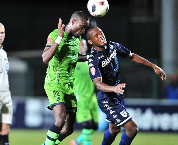 Phumlani Ntshangase of Bidvest Wits challenged by Robert Ngambi of Platinum Stars during the Absa Premiership 2017/18 football match between Bidvest Wits and Platinum Stars at Bidvest Stadium, Johannesburg on 16 December 2017 ©Samuel Shivambu/BackpagePix