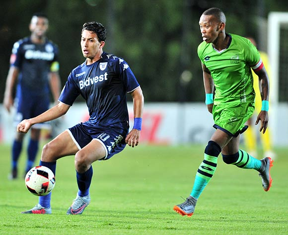 Amr Gamal of Bidvest Wits challenged by Vuyo Mere of Platinum Stars during the Absa Premiership 2017/18 football match between Bidvest Wits and Platinum Stars at Bidvest Stadium, Johannesburg on 16 December 2017 ©Samuel Shivambu/BackpagePix