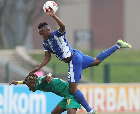 Lebohang Maboe of Maritzburg United wins header against  Kudakwashe Mahachi of Golden Arrows during the 2017/18 Absa Premiership football match between Golden Arrows and Maritzburg United at Princess Magogo Stadium, Durban on 17 December 2017 ©Gavin Barker/BackpagePix