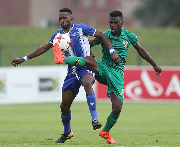 Knox Mutizwa of Golden Arrows tackles Fortune Makaringe of Maritzburg United during the 2017/18 Absa Premiership football match between Golden Arrows and Maritzburg United at Princess Magogo Stadium, Durban on 17 December 2017 ©Gavin Barker/BackpagePix