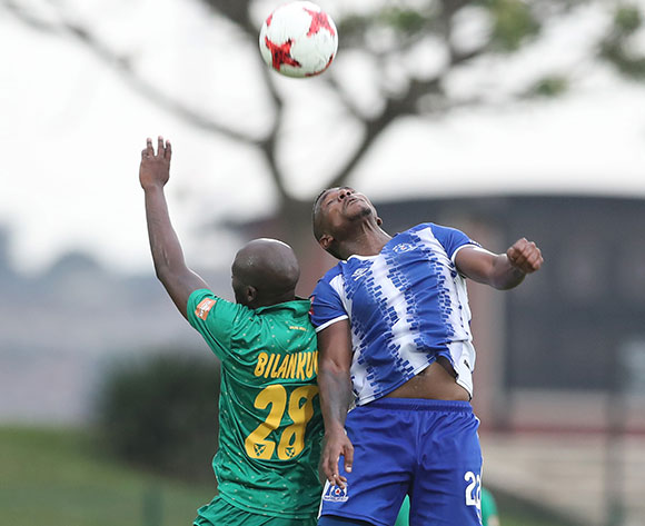 Mohau Mokate of Maritzburg United wins header against Musa Bilankulu of Golden Arrows during the 2017/18 Absa Premiership football match between Golden Arrows and Maritzburg United at Princess Magogo Stadium, Durban on 17 December 2017 ©Gavin Barker/BackpagePix
