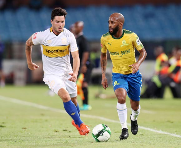 Oupa Manyisa of Mamelodi Sundowns challenged by Roland Putsche of Cape Town City during the Absa Premiership 2017/18 match between Mamelodi Sundowns and Cape Town City at Loftus Versveld Stadium, Pretoria South Africa on 19 December 2017 ©Muzi Ntombela/BackpagePix