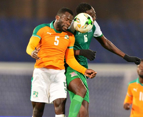 Essis Baudelaire Fulgence of Ivory Coast challenged by Kondwani Mtonga of Zambia during the 2018 CHAN football game between Ivory Coast and Zambia at the Grand stade Marrakech in Marrakech, Morocco on 18 January 2017 ©Samuel Shivambu/BackpagePix