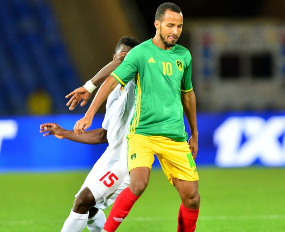 Babacar Bagili of Mauritania challenged by Ismael Sylla of Guinea during the 2018 CHAN football game between Mauritania and Guinea at the Grand stade Marrakech in Marrakech, Morocco on 21 January 2017 ©Samuel Shivambu/BackpagePix