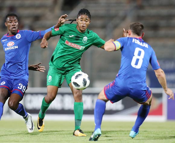 Siyethemba Mnguni of AmaZulu challenged by Dean Furman (8) and Evans Rusike of Supersport United during the Absa Premiership 2017/18 match between Supersport United and AmaZulu at Lucas Moripe Stadium, Atteridgeville South Africa on 31 January 2018 ©Muzi Ntombela/BackpagePix
