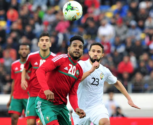 Abdeljalil Jbira of Morocco gets to the ball ahead of Omar Aribi Hammad of Libya during the 2018 Chan semifinal game between Morocco and Libya at Stade Mohamed in Casablanca, Morocco on 31 January 2018 © Ryan Wilkisky/BackpagePix