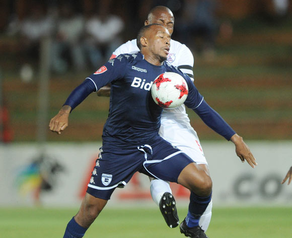 Lehlohonolo Majoro of Bidvest Wits is challenged by Paulus Masehe of Free State Stars during the Absa Premiership match between Bidvest Wits and Free State Stars on 05 January 2018 at Bidvest Stadium Pic Sydney Mahlangu/BackpagePix