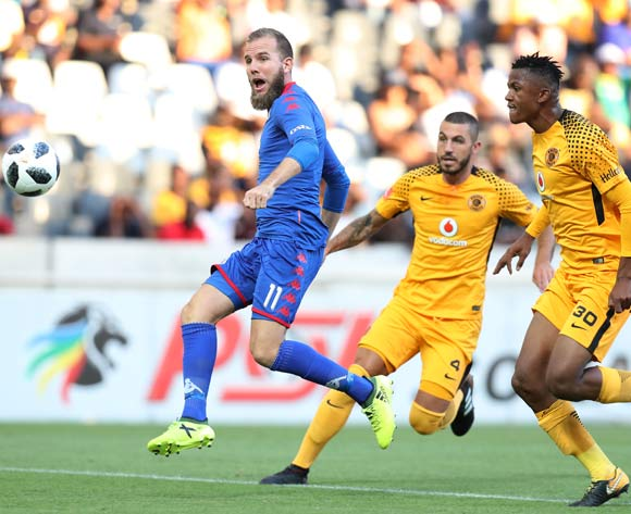 Jeremy Brockie of Supersport United challenged by Siyabonga Ngezana of Kaizer Chiefs during the Absa Premiership 2017/18 match between Supersport United and Kaizer Chiefs at Mbombela Stadium, Mpumalanga South Africa on 06 January 2018 ©Muzi Ntombela/BackpagePix