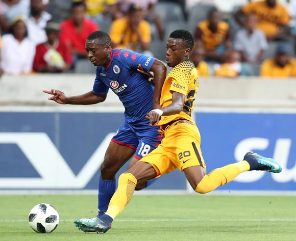 Siya Nhlapo of Supersport United tackled by Teenage Hadebe of Kaizer Chiefs during the Absa Premiership 2017/18 match between Supersport United and Kaizer Chiefs at Mbombela Stadium, Mpumalanga South Africa on 06 January 2018 ©Muzi Ntombela/BackpagePix