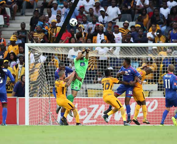 Reyaad Pieterse of Supersport United clears ball from Daniel Cardoso of Kaizer Chiefs  during the Absa Premiership 2017/18 match between Supersport United and Kaizer Chiefs at Mbombela Stadium, Mpumalanga South Africa on 06 January 2018 ©Muzi Ntombela/BackpagePix