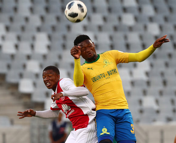 Motjeka Madisha of Mamelodi Sundowns battles for the ball with Samuel Julies of Ajax Cape Town during the Absa Premiership 2017/18 football match between Ajax Cape Town and Mamelodi Sundowns at Cape Town Stadium, Cape Town on 9 January 2018 ©Chris Ricco/BackpagePix