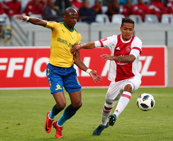 Sirgio Kammies of Ajax Cape Town evades challenge from Tebogo Langerman of Mamelodi Sundowns during the Absa Premiership 2017/18 football match between Ajax Cape Town and Mamelodi Sundowns at Cape Town Stadium, Cape Town on 9 January 2018 ©Chris Ricco/BackpagePix