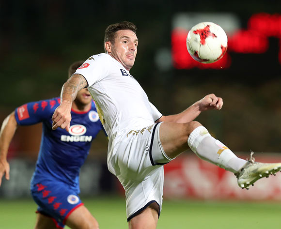 James Keene of Bidvest Wits challenged by Dean Furman of Supersport United during the Absa Premiership 2017/18 match between Bidvest Wits and Supersport United at Bidvest Stadium, Johannesburg South Africa on 10 January 2018 ©Muzi Ntombela/BackpagePix