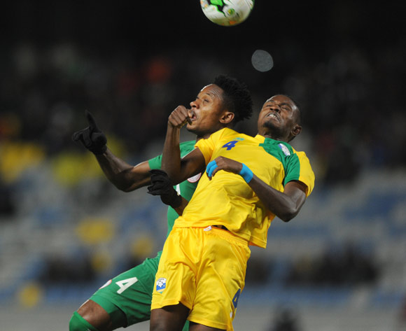 Emeka Francis Atuloma of Nigeria challenges Djihad Bizimana of Rwanda during the CHAN Group C match between Nigeria and Rwanda on 15 January 2018 at Grand Stade de Tanger, Tanger Morocco Pic Sydney Mahlangu/BackpagePix