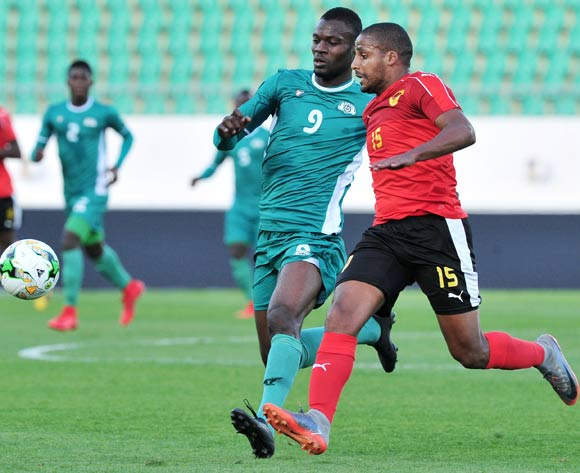 Romeo Boni of Burkina Faso and Wilson Pinto Gaspar of Angola battle for possession during the 2018 Chan game between Angola and Burkina Faso at Le Grand Stade Agadir in Agadir, Morocco on 16 January 2018 © Ryan Wilkisky/BackpagePix