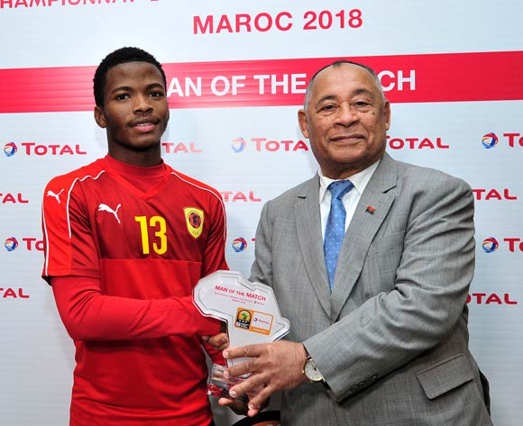 Vladimir Etson Va of Angola receives his Man of the Match award after the 2018 Chan game between Angola and Burkina Faso at Le Grand Stade Agadir in Agadir, Morocco on 16 January 2018 © Ryan Wilkisky/BackpagePix