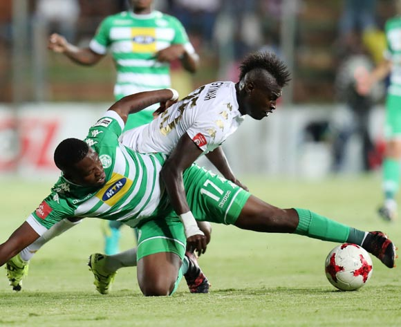Tshegofatso Mabaso of Bloemfontein Celtic challenged by Edwin Gymah of Bidvest Wits during the Absa Premiership 2017/18 match between Bidvest Wits and Bloemfontein Celtic at Bidvest Stadium, Johannesburg South Africa on 19 January 2018 ©Muzi Ntombela/BackpagePix