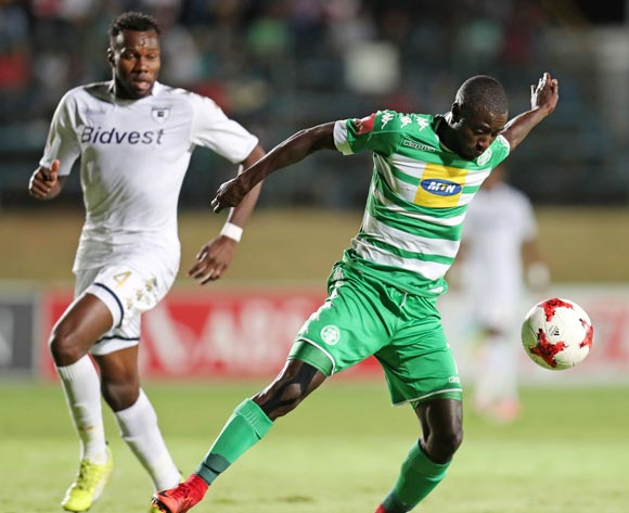 Deon Hotto of Bloemfontein Celtic challenged by Bongani Khumalo of Bidvest Wits during the Absa Premiership 2017/18 match between Bidvest Wits and Bloemfontein Celtic at Bidvest Stadium, Johannesburg South Africa on 19 January 2018 ©Muzi Ntombela/BackpagePix