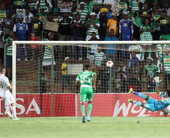 James Keene of Bidvest Wits scores a penalty during the Absa Premiership 2017/18 match between Bidvest Wits and Bloemfontein Celtic at Bidvest Stadium, Johannesburg South Africa on 19 January 2018 ©Muzi Ntombela/BackpagePix