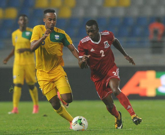 Yannick Mukunzi of Rwanda challenges Miguel Angel Maye Ngomo of Equatorial Guinea during the CHAN Group C match between Rwanda and Equatorial Guinea on 19 January 2018 at Grand Stade de Tanger, Tanger Morocco Pic Sydney Mahlangu/BackpagePix