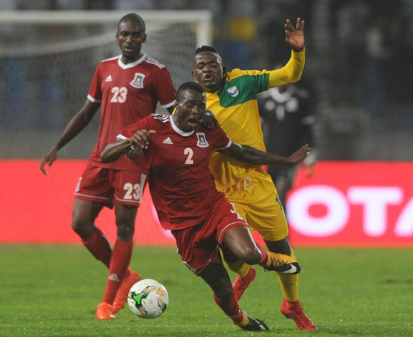 Muhadjiri Hakizimana of Rwanda  challenges Miguel Angel Maye Ngomo of Equatorial Guinea during the CHAN Group C match between Rwanda and Equatorial Guinea on 19 January 2018 at Grand Stade de Tanger, Tanger Morocco Pic Sydney Mahlangu/BackpagePix