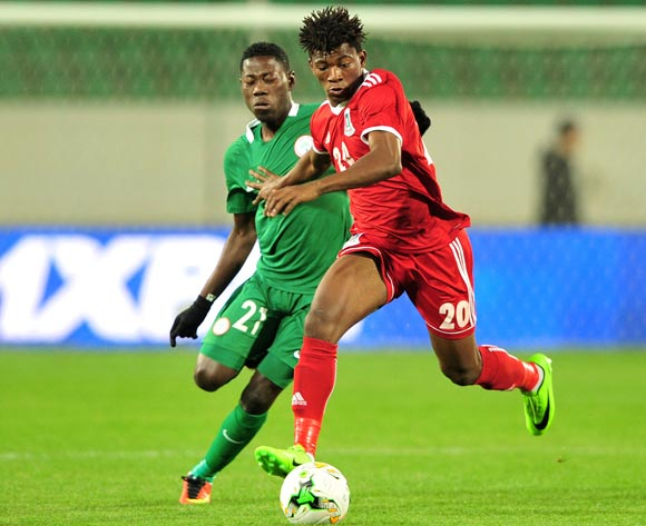 Mariano Ondo Monsuy Angong of Equatorial Guinea takes on Sunday Adeyemi Faleye of Nigeria during the 2018 Chan game between Equatorial Guinea and Nigeria at Le Grand Stade Agadir in Agadir, Morocco on 23 January 2018 © Ryan Wilkisky/BackpagePix
