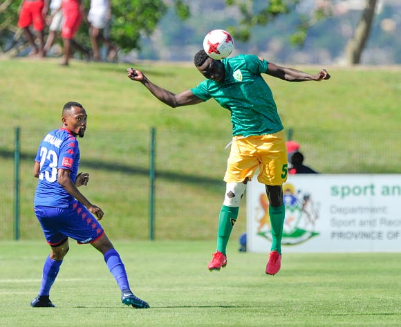 Limbikani Mzava of Lamontville Golden Arrows intercepts the overhead pass to Thabo Mnyamane of Supersport United during the Absa Premiership 2017/18 game between Golden Arrows and Supersport United  at Princess Magogo Stadium, KwaZulu-Natal on 14 January 2018 © Gerhard Duraan/BackpagePix