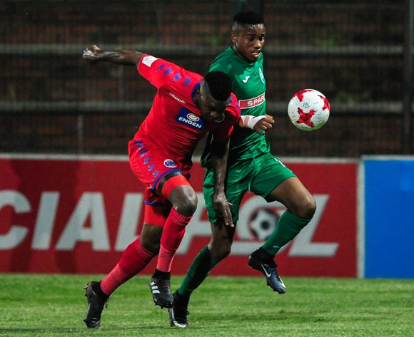 Morgan Gould of Supersport United challenges Ovidy Karuru of AmaZulu FC during the Absa Premiership 2017/18 match between AmaZulu FC and SuperSport United at King Zwelithini Stadium, Kwazulu Natal South Africa on 20 January 2018 ©Gerhard Duraan/BackpagePix
