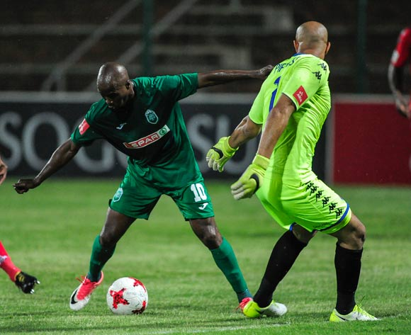 Siyabonga Nomvethe of AmaZulu FC tries to get the ball past Reyaad Pieterse of Supersport United during the Absa Premiership 2017/18 match between AmaZulu FC and SuperSport United at King Zwelithini Stadium, Kwazulu Natal South Africa on 20 January 2018 ©Gerhard Duraan/BackpagePix