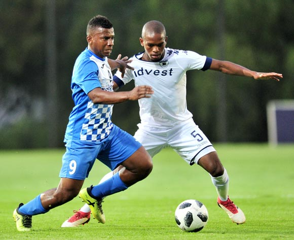 Phumlani Ntshangase of Bidvest Wits challenged by Jean Fabrini Razah of Pamplemousses during the 2018 CAF Champions League football match between Bidvest Wits and Pamplemousses at Bidvest Stadium, Johannesburg on 10 February 2018 ©Samuel Shivambu/BackpagePix