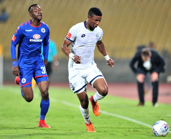 Sibusiso Mthethwa of Platinum Stars challenged by Evans Rusike of Supersport United during the Absa Premiership 2017/18 match between Platinum Stars and Supersport United at Royal Bafokeng Stadium, Rustenburg on 20 February 2018 ©Samuel Shivambu/BackpagePix
