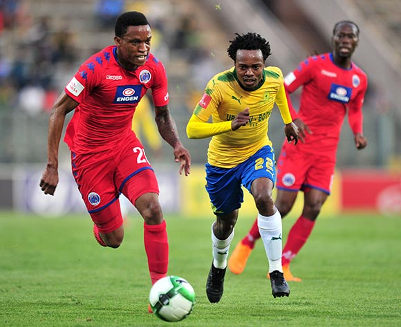 Percy Tau of Mamelodi Sundowns challenged by Grant Kekana of Supersport United during the Absa Premiership 2017/18 match between Mamelodi Sundowns and Supersport United at Lucas Moripe Stadium, Pretoria on 2 February 2018 ©Samuel Shivambu/BackpagePix