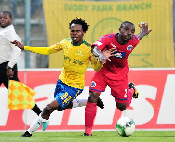 Percy Tau of Mamelodi Sundowns challenged by Richard Kissi Boateng of Supersport United during the Absa Premiership 2017/18 match between Mamelodi Sundowns and Supersport United at Lucas Moripe Stadium, Pretoria on 2 February 2018 ©Samuel Shivambu/BackpagePix