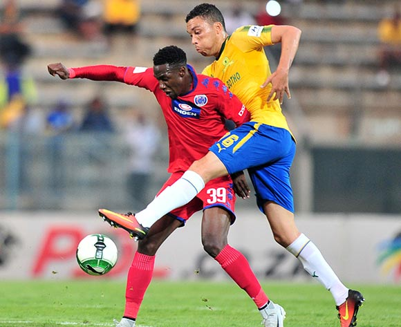 Evans Rusike of Supersport United challenged by Ricardo Nascimento of Mamelodi Sundowns during the Absa Premiership 2017/18 match between Mamelodi Sundowns and Supersport United at Lucas Moripe Stadium, Pretoria on 2 February 2018 ©Samuel Shivambu/BackpagePix