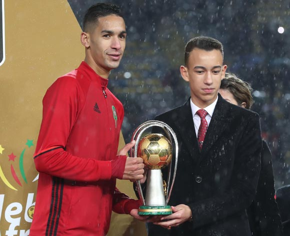 Badr Benoun of Morocco receives CHAN trophy from Morocco Prince during the 2018 CHAN Final football match between Morocco and Nigeria at Stade Mohamed V in Casablanca, Morocco on 04 February 2018 ©Gavin Barker/BackpagePix
