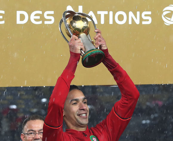 Badr Benoun of Morocco holds aloft the CHAN trophy during the 2018 CHAN Final football match between Morocco and Nigeria at Stade Mohamed V in Casablanca, Morocco on 04 February 2018 ©Gavin Barker/BackpagePix