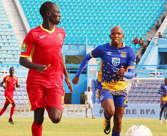 Mohamen Mahmoud of EL Merreikh and Lemony Tshireletso of Township Rollers during the 2018 CAF Champions League football match between Township Rollers and EL Merreikh at National Stadium,Botswana on 10 February 2018 ©/BackpagePix