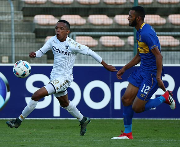 Abednigo Mosiahlaga of Bidvest Wits evades challenge from Taariq Fielies of Cape Town City during the Absa Premiership 2017/18 football match between Cape Town City FC and Bidvest Wits at Athlone Stadium, Cape Town on 24 February 2018 ©Chris Ricco/BackpagePix
