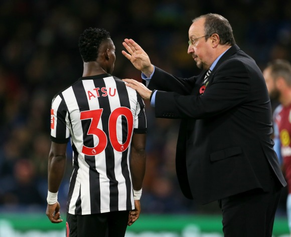 Christian Atsu defends Rafael Benitez