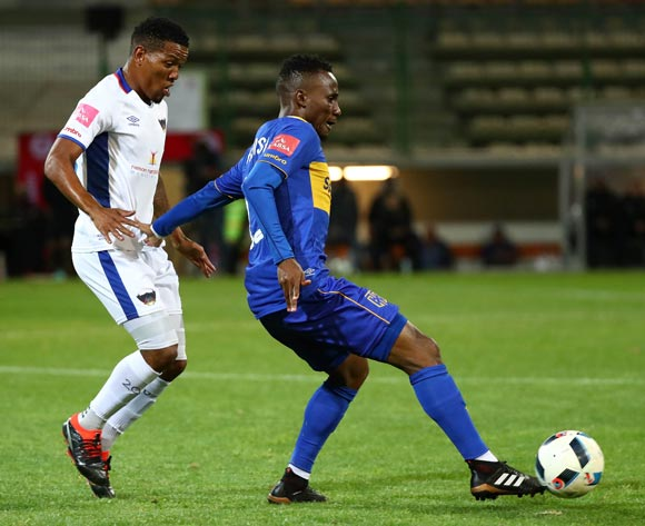 Teko Modise of Cape Town City evades challenge from Sizwe Mdlinzo of Chippa United during the Absa Premiership 2017/18 football match between Cape Town City FC and Chippa United at Athlone Stadium, Cape Town on 2 March 2018 ©Chris Ricco/BackpagePix