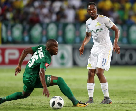 Sibusiso Vilakazi of Mamelodi Sundowns challenged by Phumlani Gumede of AmaZulu during the Absa Premiership 2017/18 match between AmaZulu and Mamelodi Sundowns at King Zwelithini Stadium, Umlazi South Africa on the 02 March 2018 ©Muzi Ntombela/BackpagePix