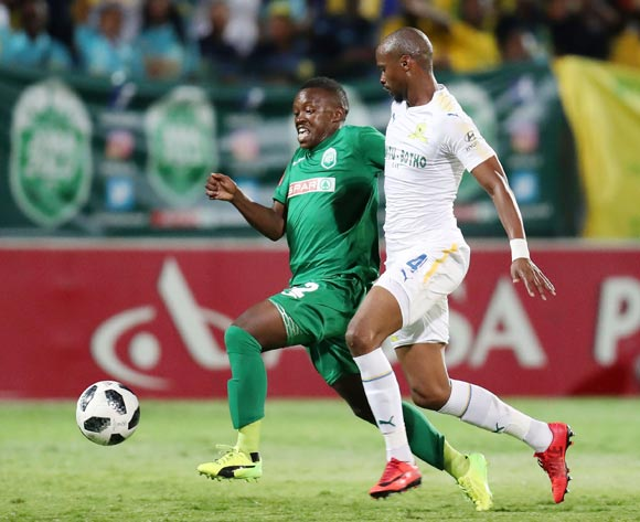 Simphiwe Lumkwana of AmaZulu challenged by Tebogo Langerman of Mamelodi Sundowns during the Absa Premiership 2017/18 match between AmaZulu and Mamelodi Sundowns at King Zwelithini Stadium, Umlazi South Africa on the 02 March 2018 ©Muzi Ntombela/BackpagePix