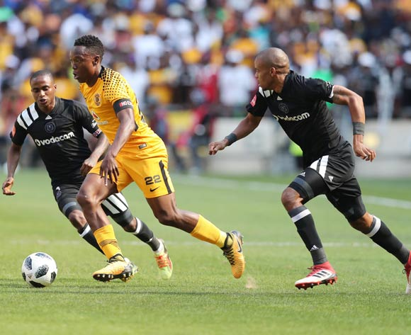Philani Zulu of Kaizer Chiefs evades tackle from Thembinkosi Lorch of (l) and Gladwin Shitolo of Orlando Pirates (r) during the 2017/18 Absa Premiership football match between Orlando Pirates and Kaizer Chiefs at Soccer City, Soweto on 03 March 2018 ©Gavin Barker/BackpagePix