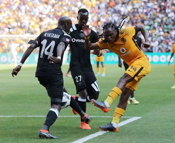Siphiwe Tshabalala of Kaizer Chiefs shot blocked by Musa Nyatama of Orlando Pirates during the 2017/18 Absa Premiership football match between Orlando Pirates and Kaizer Chiefs at Soccer City, Soweto on 03 March 2018 ©Gavin Barker/BackpagePix