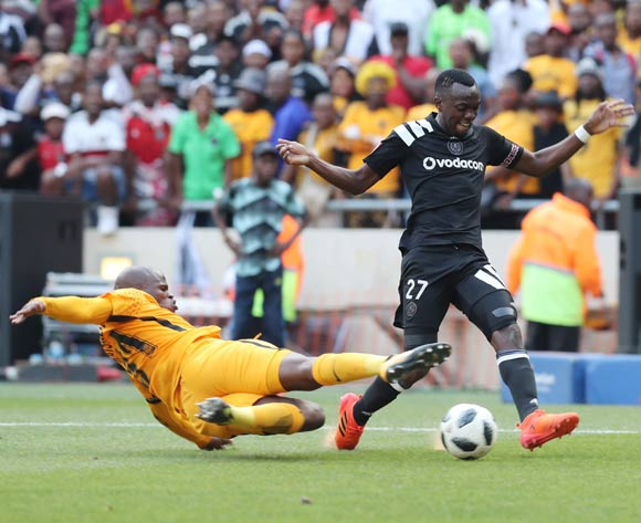 Justin Shonga of Orlando Pirates tackled by Willard Katsande of Kaizer Chiefs   during the 2017/18 Absa Premiership football match between Orlando Pirates and Kaizer Chiefs at Soccer City, Soweto on 03 March 2018 ©Gavin Barker/BackpagePix