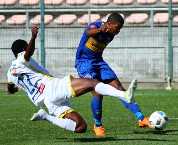 Lyle Lakay of Cape Town City evades challenge from Agero Jonasse of Costa Do Sol during the 2018 CAF Confederation Cup, First Round, 2nd Leg between Cape Town City FC and Costa Do Sol at Athlone Stadium, 18 March 2018 ©Chris Ricco/BackpagePix
